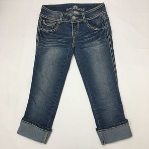Almost Famous Jeans Cropped Cuffed Low Rise